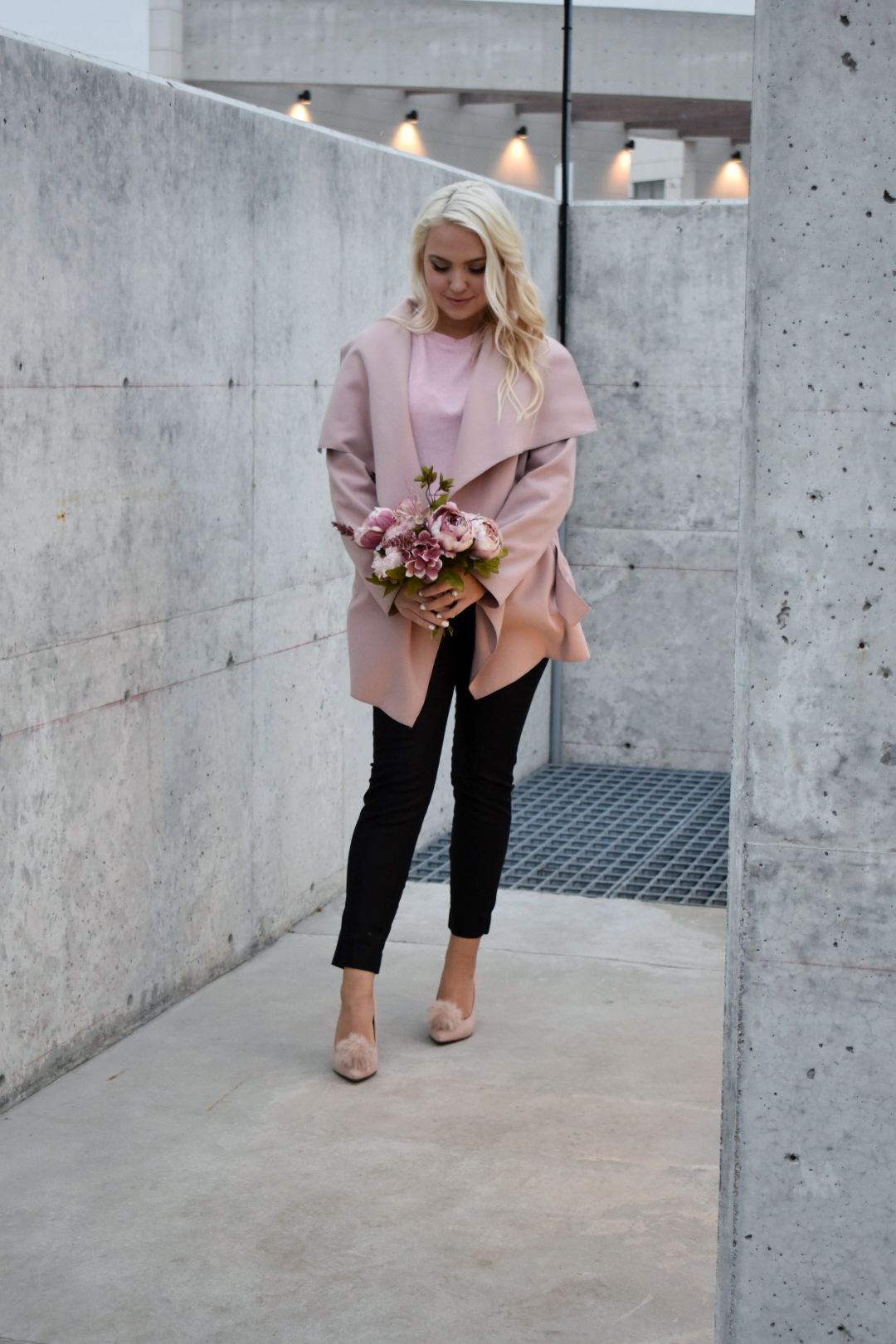 A Romantic Valentines Date Outfit – Pretty Lovely in Pink