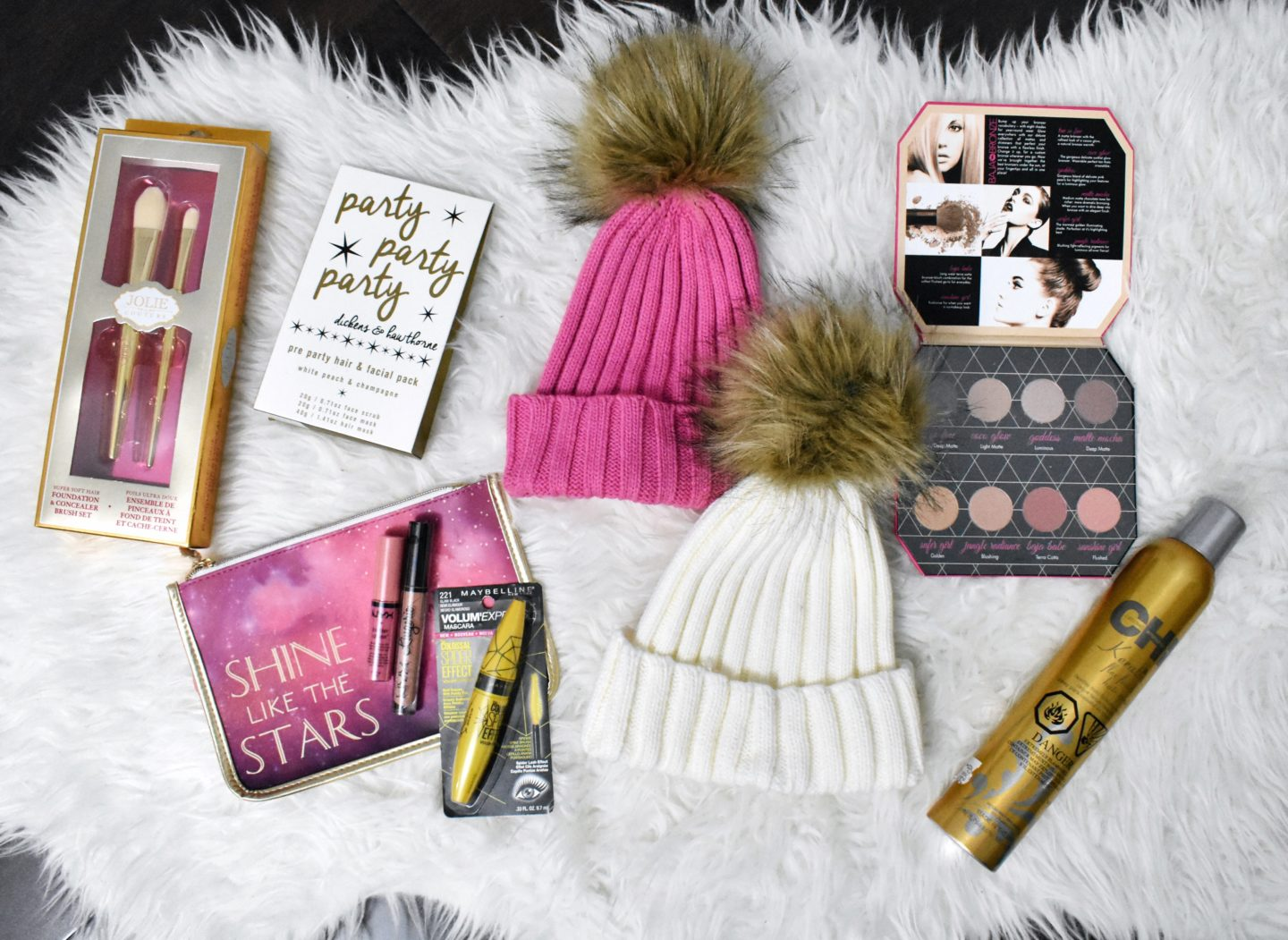 Galentine's Day Giveaway – Makeup and Pretty Prizes
